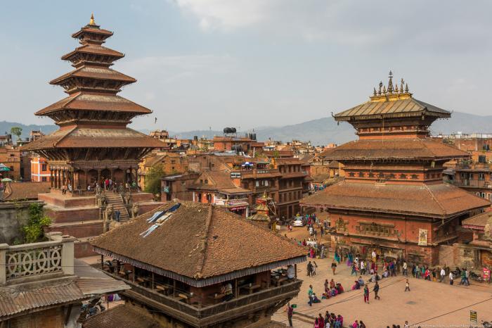 Это третий по величине город в долине Катманду, который долгое время являлся столицей королевства, н