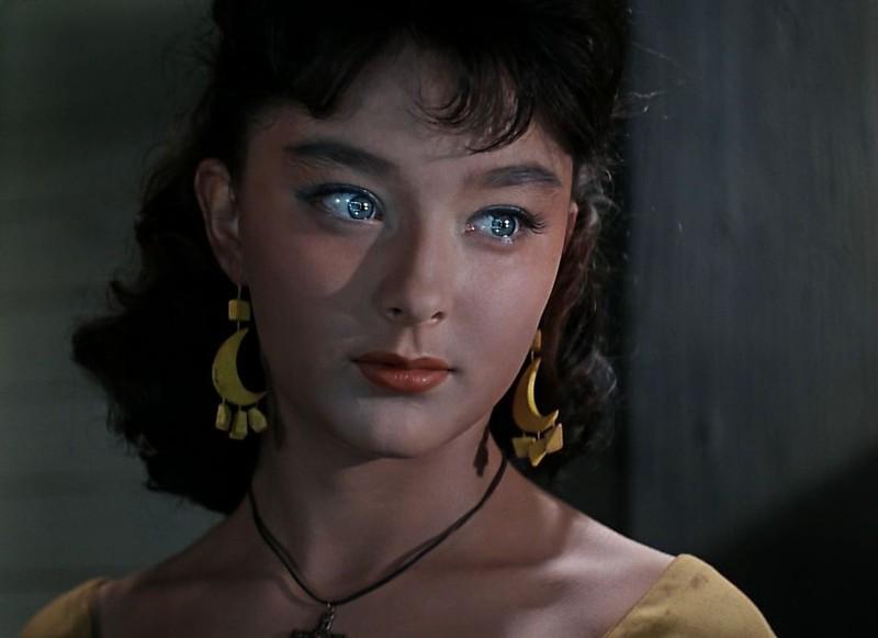 эро фото актрис кино и театра телевидения