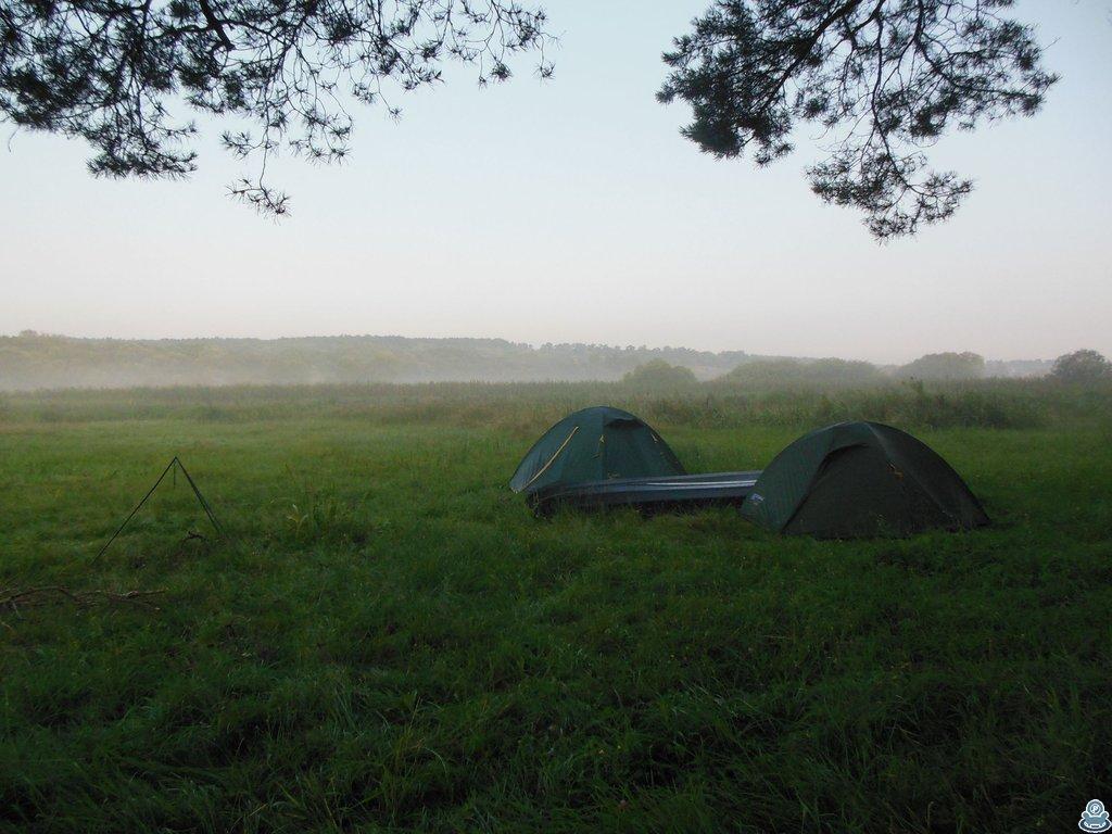 Палатки и байдарки