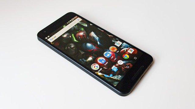 В РФ резко упали вцене мобильные телефоны Nexus 5X и6P