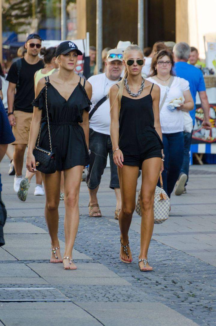 Русские красотки гуляют по полной — pic 2