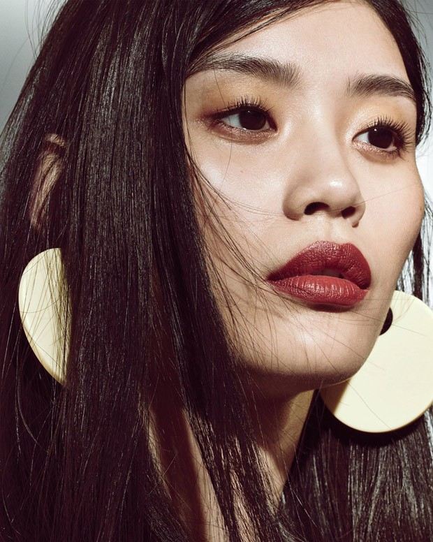 Daga Ziober & Ming Xi for Vogue China by Regan Cameron