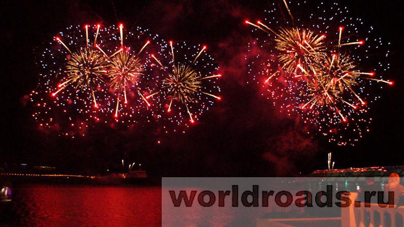 Фестиваль фейерверков в Геленджике