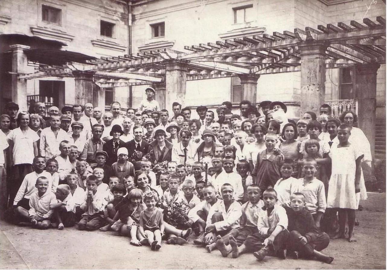 1926. Школа в усадьбе «Михайловка»»