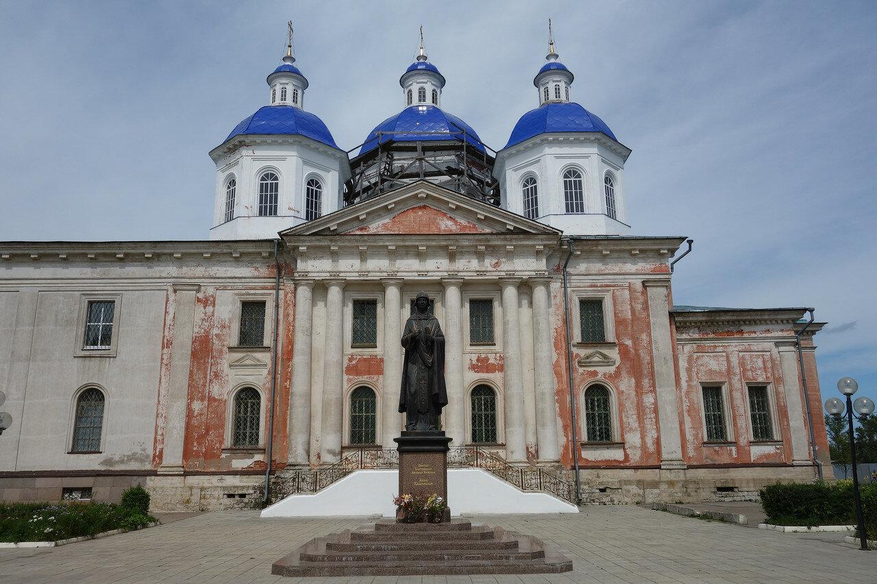Воскресенский собор, 18-19 век