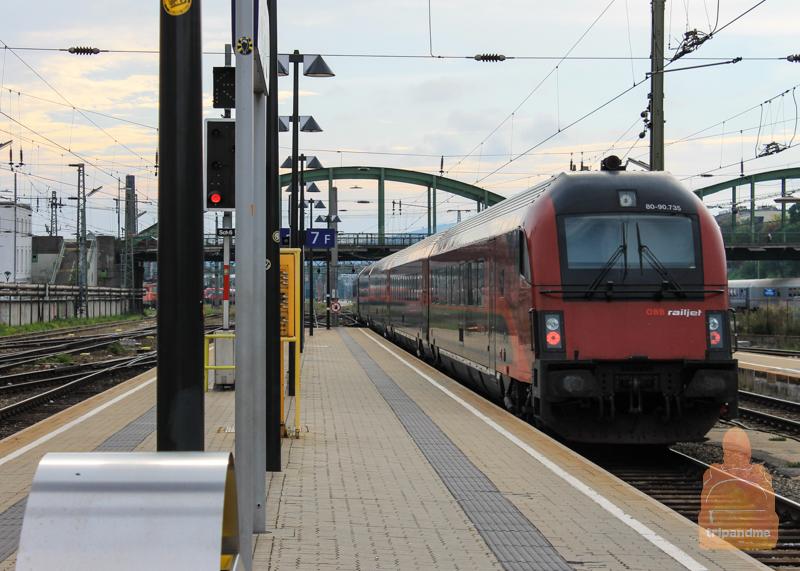 Поезд из Вены в Венгрию