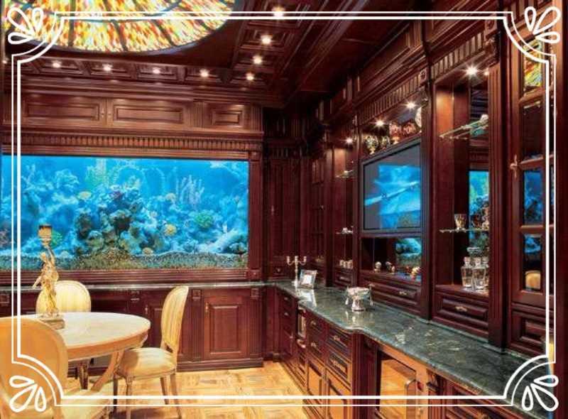 «Версаль» в доме Азарова — 4 млн долларов Двухкомнатные апартаменты площадью 156 кв. м на втором эта