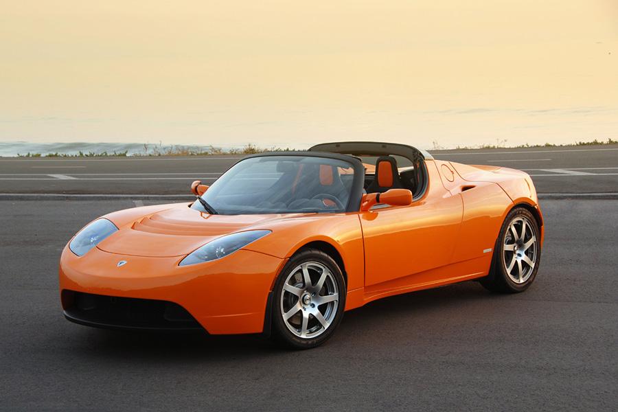 Элон Маск планирует запустить модель Roadster следующего поколения в 2019 году. Почти никаких подроб