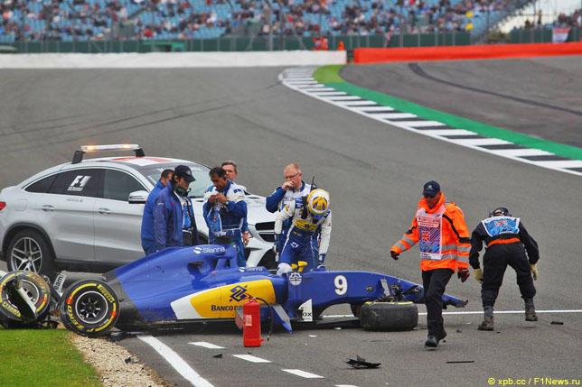 Шведский гонщик Формулы-1 Маркус Эрикссон попал вбольницу