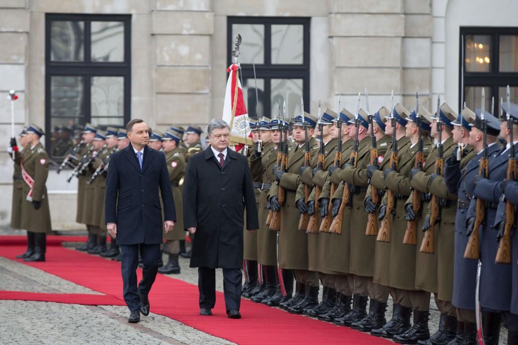 Самолёт президента Польши Анджея Дуды вышел изстроя— Польское проклятие