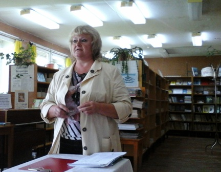 Н.Г.Шутова, ведущий библиотекарь Ильинской СБФ.jpg