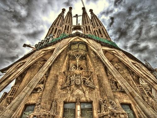 Собор Sagrada Familia (Испания)