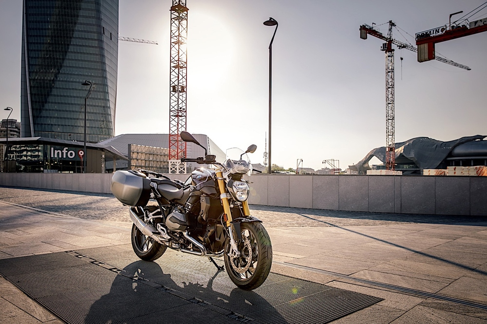 Мотоцикл  BMW R1200R Black Edition 2017