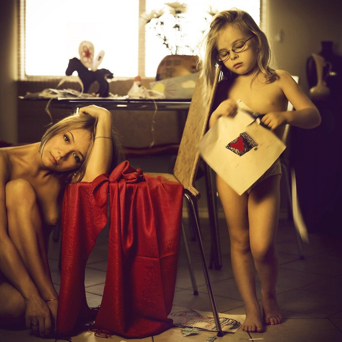 фото голые мама дочь № 254675 бесплатно