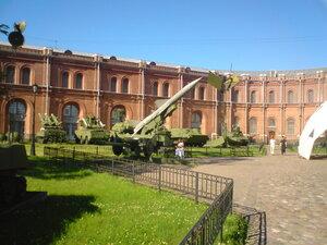музей артиллерии, инженерных войск и войск связи в Санкт-Петербурге