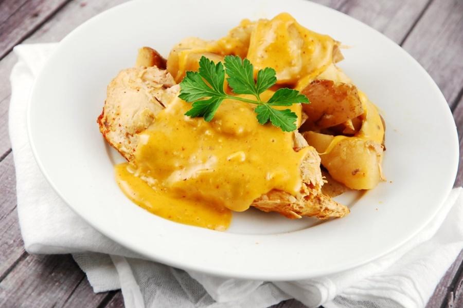 Картофель в горшочках по мексикански