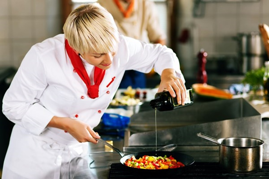 Полезные советы для приготовления салатов