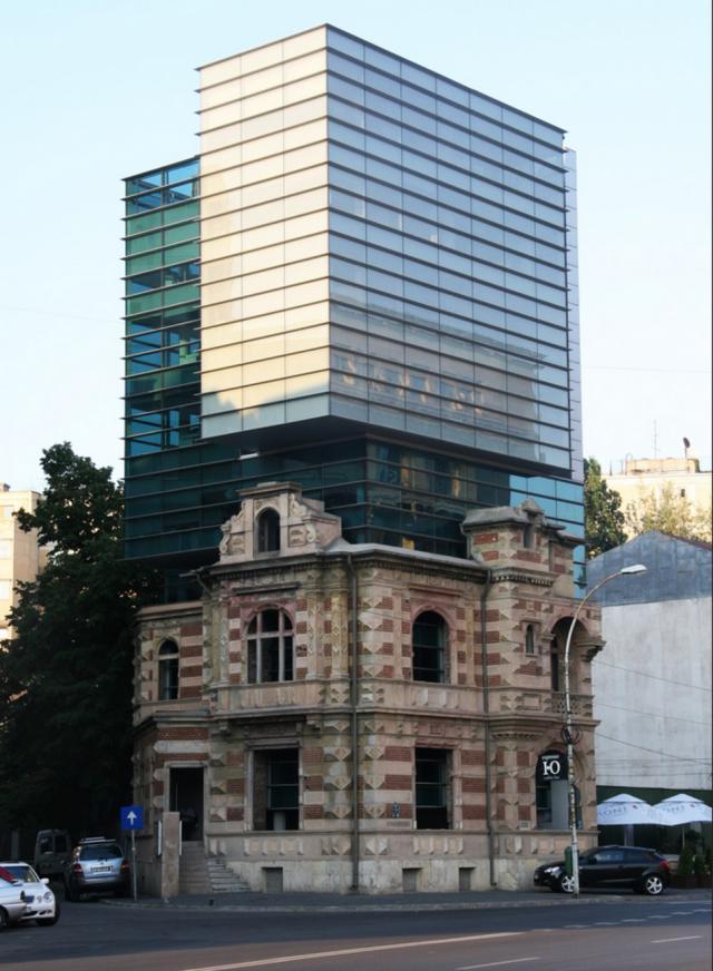 25. Румыния, Штаб-квартира Национального союза архитекторов Архитекторы умудрились возвести этот сов