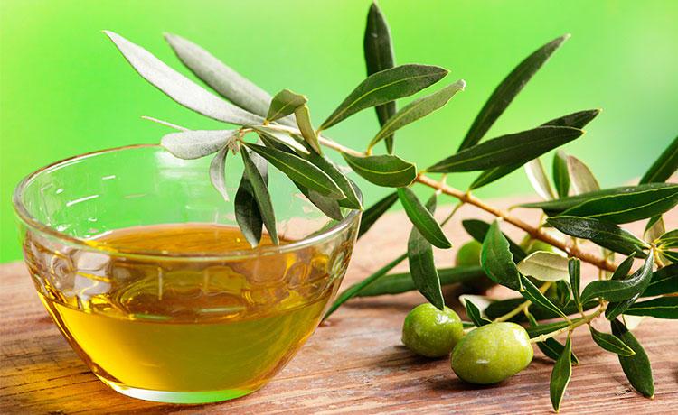 8. Оливковое масло первого отжима Еще один жирный продукт, о пользе которого никто не посмеет спорит