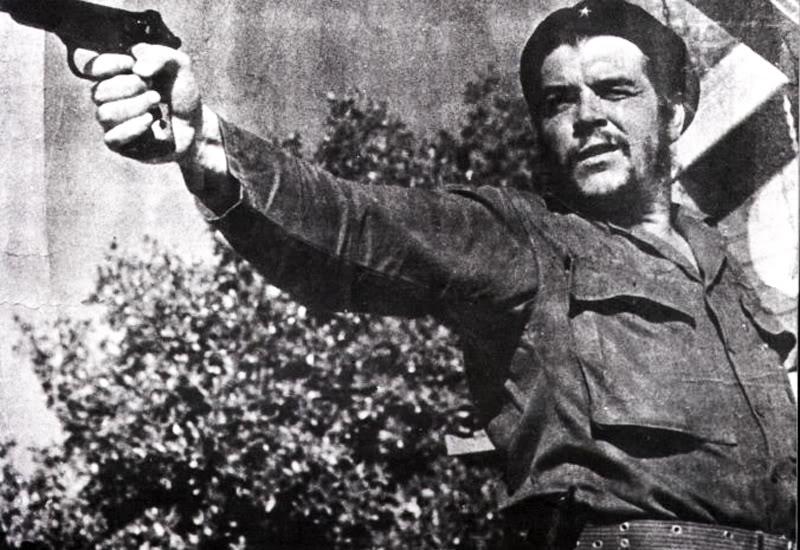 С момента прихода к власти Фиделя Кастро на Кубе начались репрессии против его политических противни