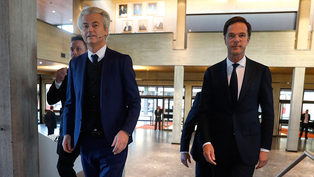Олланд назвал результаты  выборов вНидерландах «чистой победой над экстремизмом»