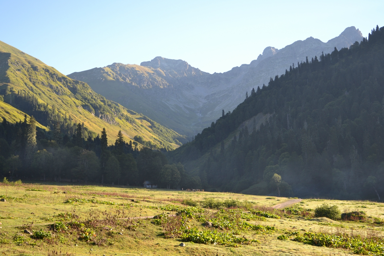 гора ауадхара абхазия фото эти