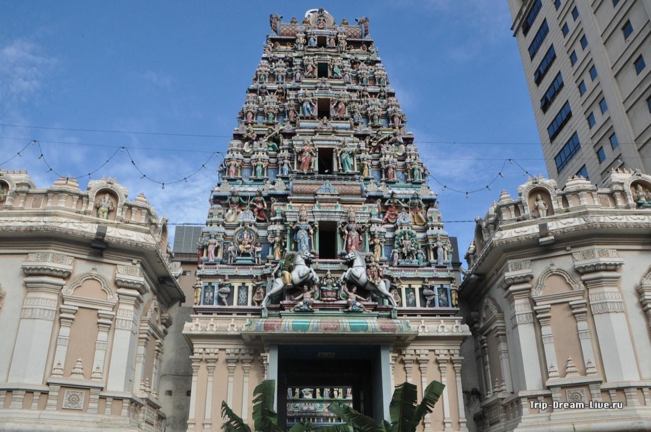 Храм Шри Махамариамман (Sri Mahamariamman)