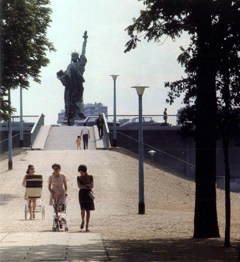 1983. Лебяжий остров, Париж