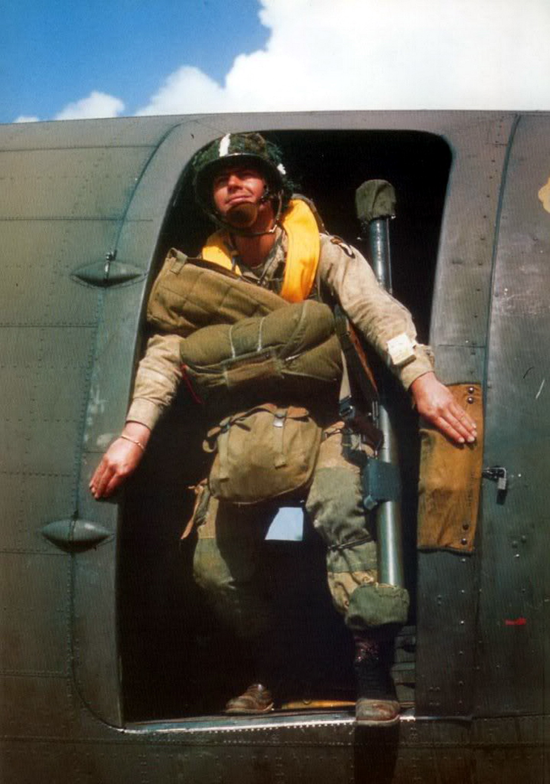 color us paratrooper jump plane training.jpg