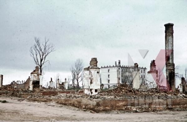 stock-photo-destroyed-buildings-in-minsk-belarus-russia-1941-11252.jpg
