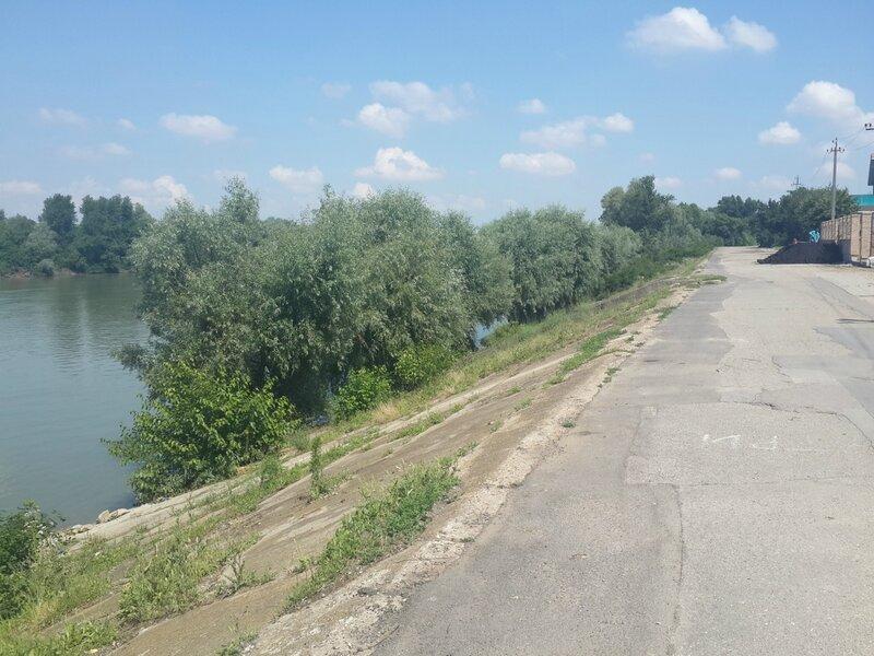 Пешие и велопрогулки по Краснодару - ищу компаньонов - Страница 3 0_80ddc_735f9df6_XL