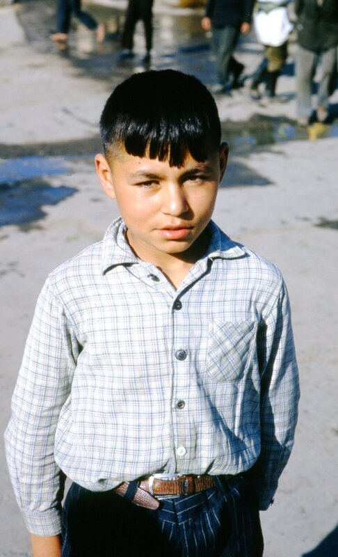 MA58 Ashkhabad, Dushanbe peasant market, Pretty Intourist guide img1463.jpg