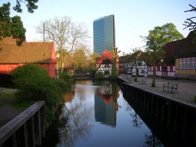 12. Орхус, Дания Основанный в 948 году город Орхус является крупным портом и считается вторым по вел