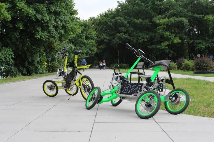 Пришел на смену старому. В последние годы велосипеды набирают все большую и большую популярность. Вс