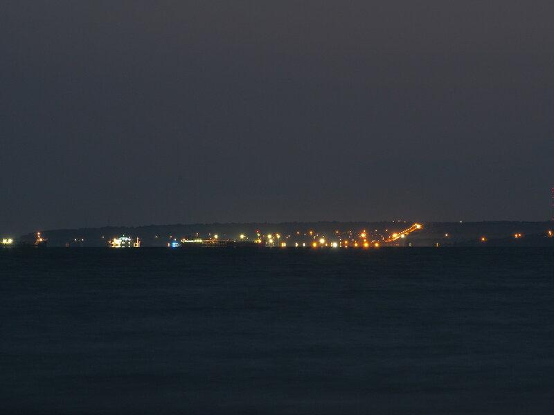 Керчь ночью через пролив