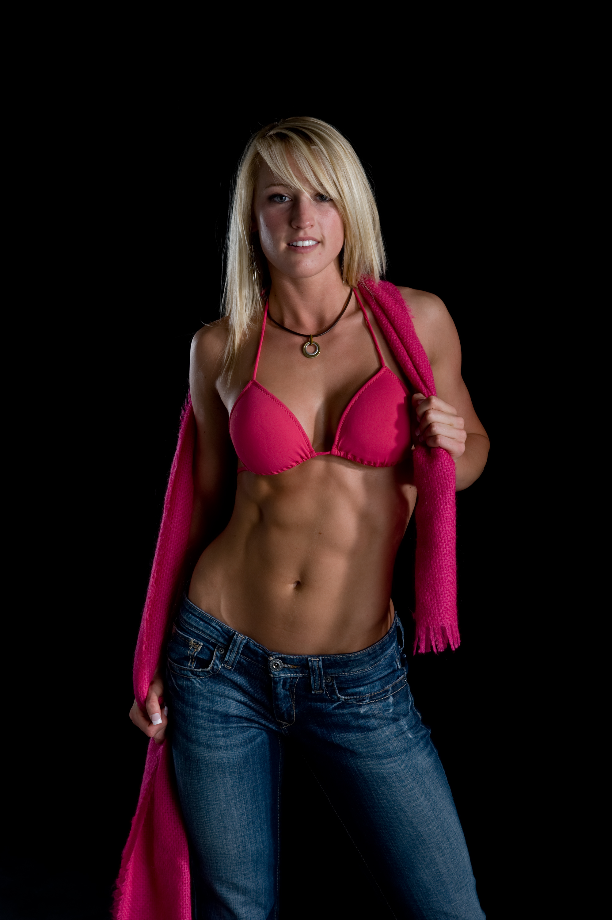 sports-chicks-with-abs-naked-brook-nude