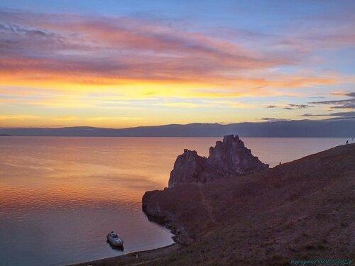 Вечер на Байкальском берегу