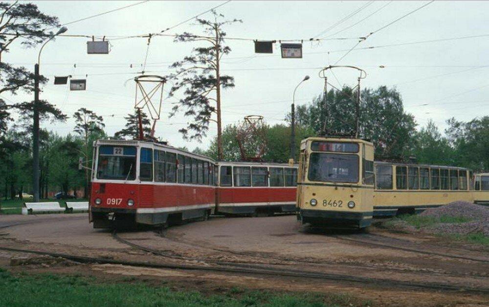 Конечная станция «Больница им. Мечникова»