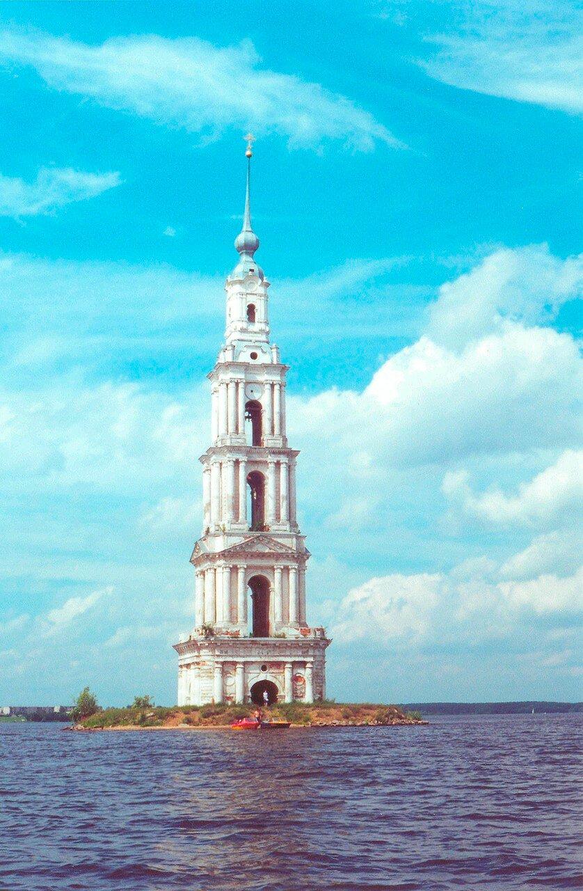 Затопленная колокольня Николаевского (Никольского) собора