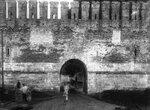 Арка в крепостной стене у Лопатинского сада. 1912