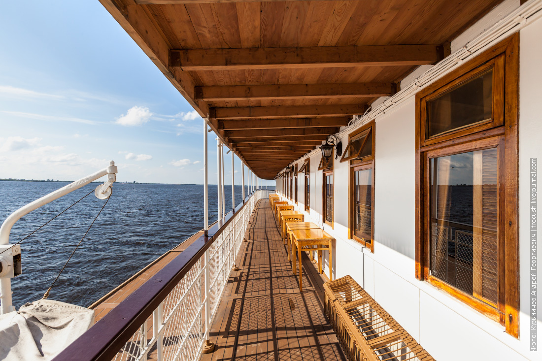 пароход Гоголь фотография палубы
