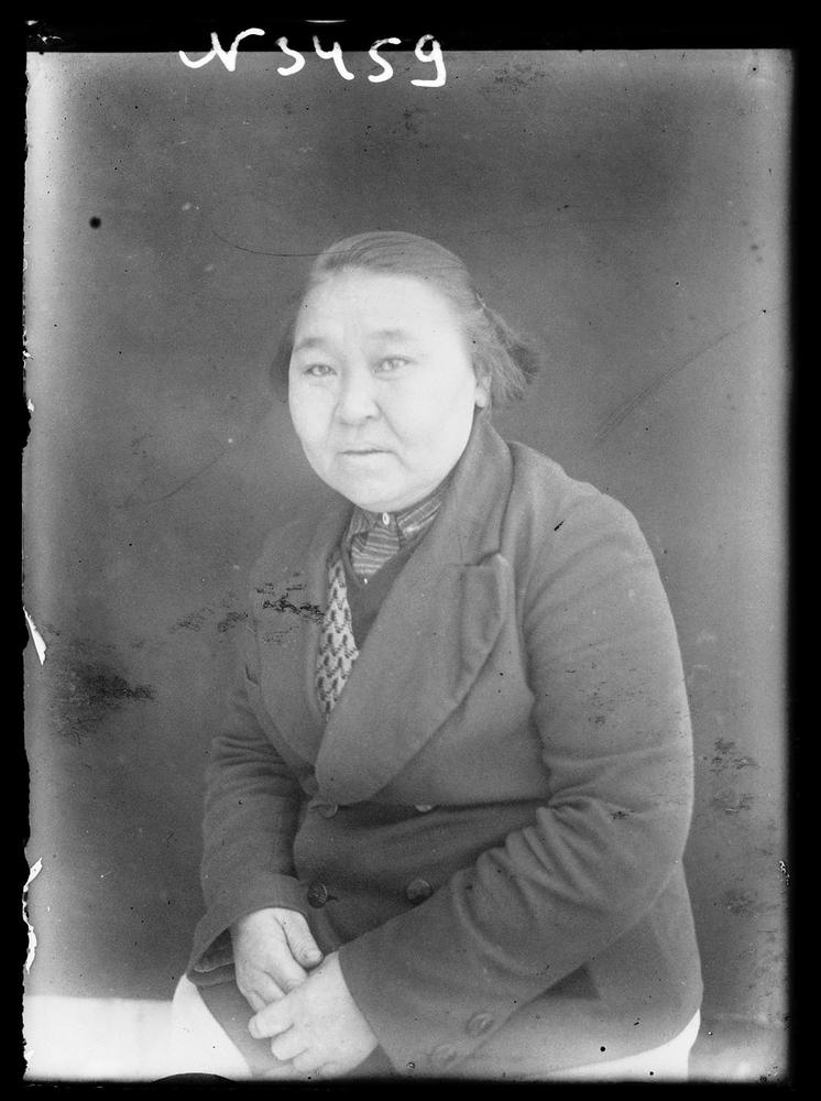Siberia-Century-100-year-photos-lady.jpg