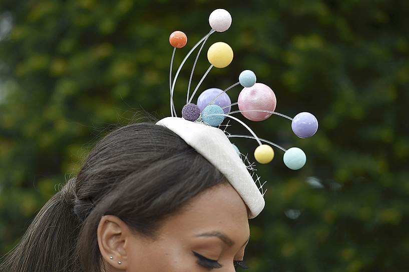 «День леди»: парад шляпок на скачках Royal Ascot 2016 0 165a30 5aa3be1 orig