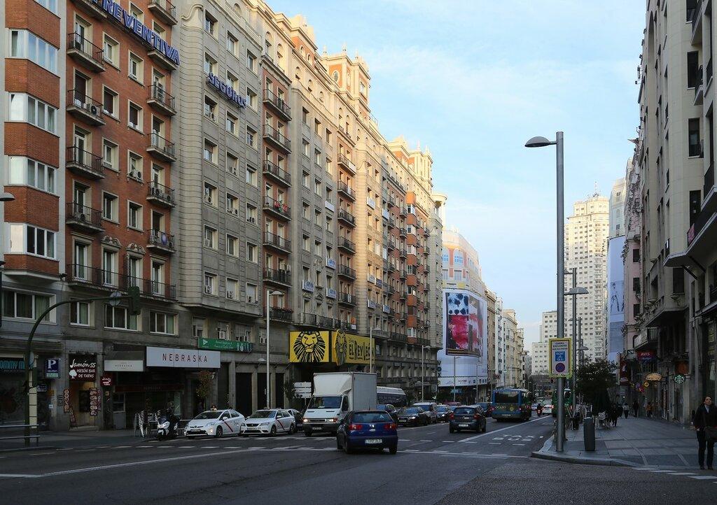 Утренний Мадрид. Гран-Виа. Театральная часть