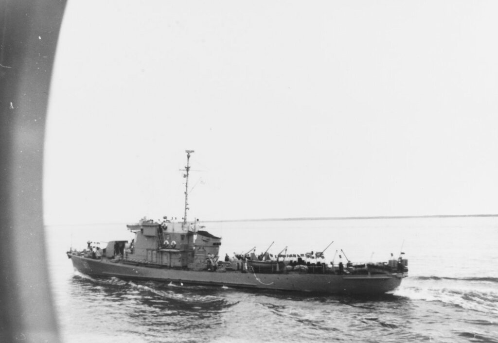 Soviet Kronstadt-Class Patrol Vessel. Photographed in the eastern Baltic in 1956, wearing pennant number 977.