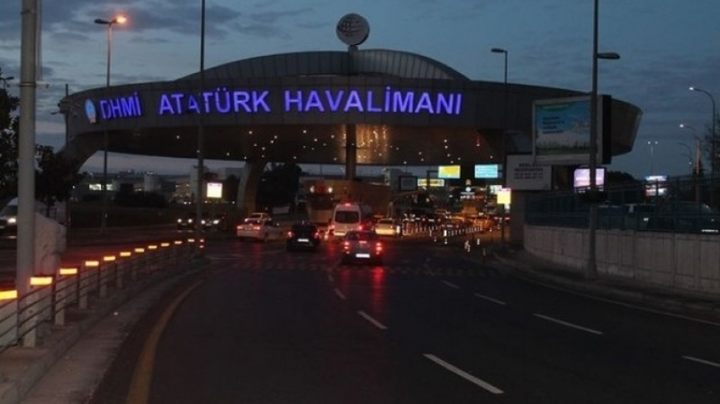 Угроза взрыва: вСтамбуле эвакуировали пассажиров Boeing-777
