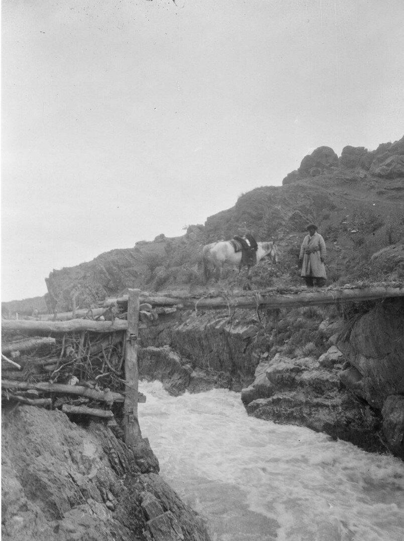 Окрестности Жыргалана Мост через Большой Жыргалан