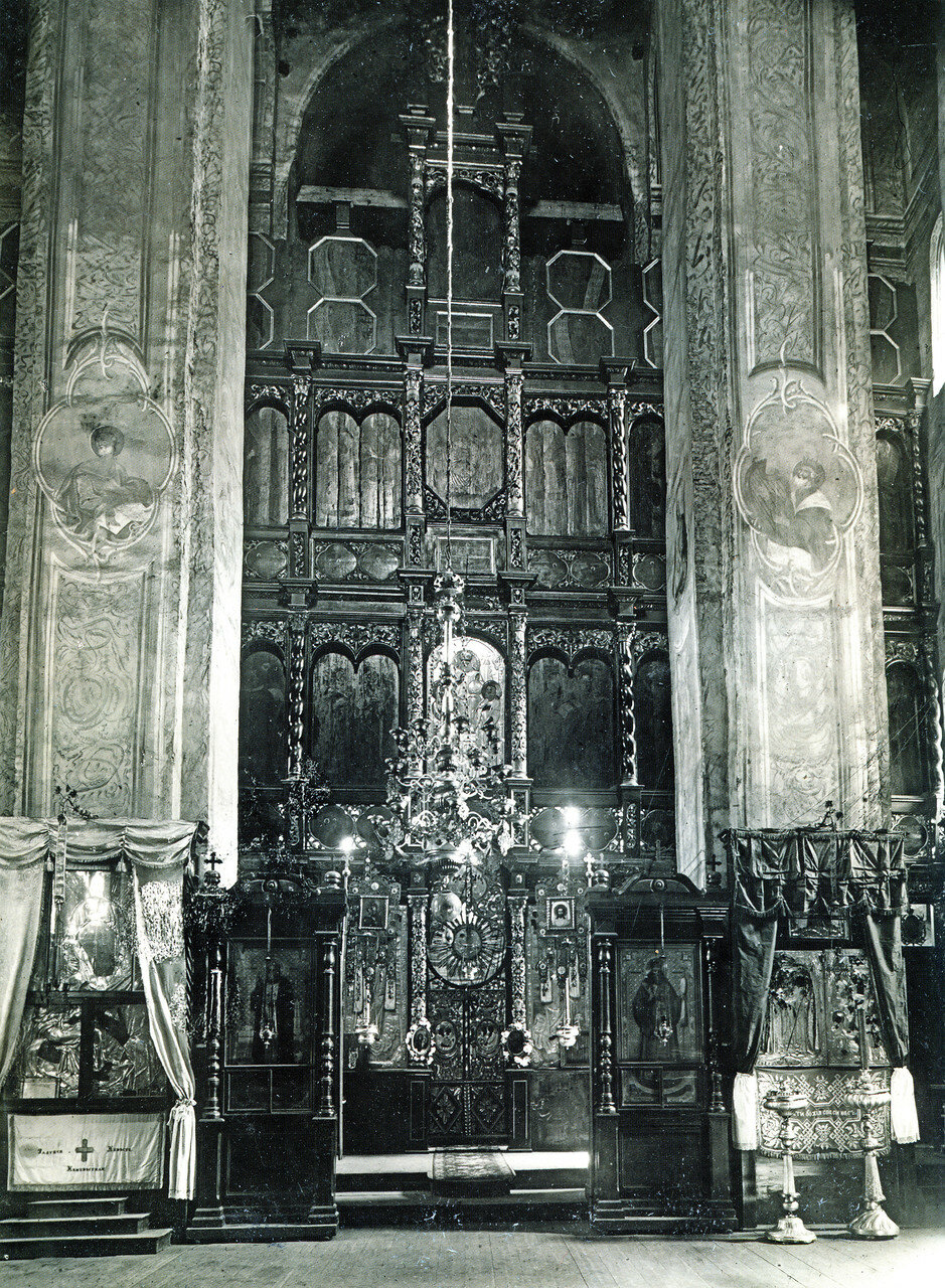 Иконостас Свирской церкви