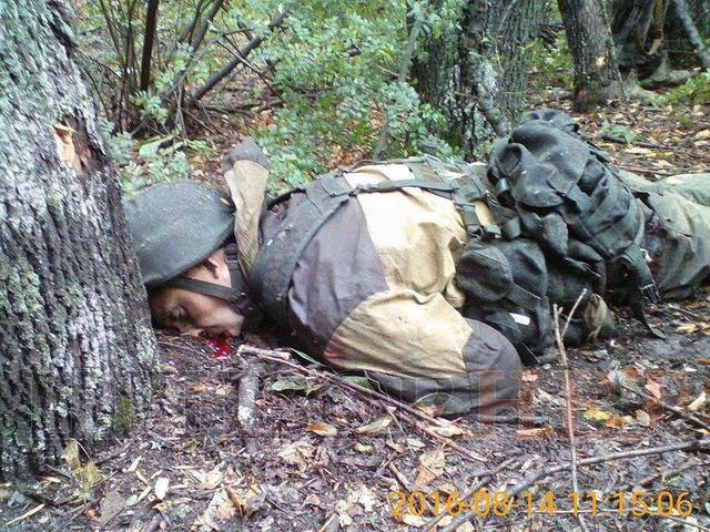 Военнослужащие 59-й бригады в ходе боя со штурмовой группой российских оккупационных войск в районе Попасной ликвидировали двух боевиков, - журналист. ФОТОрепортаж 18+