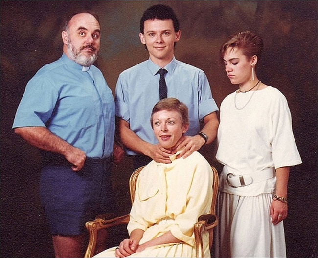 Самые нелепые семейные фото (25 фото)